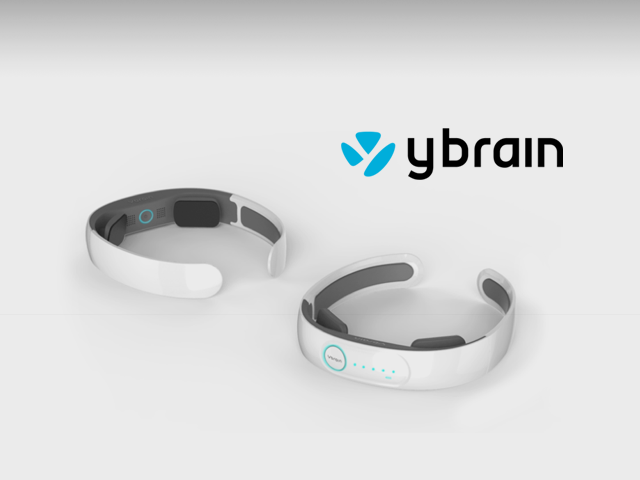 Automated Recognition of Alzheimer's Disease from Wearable Devices: Big Brain Data and Big Visual Data